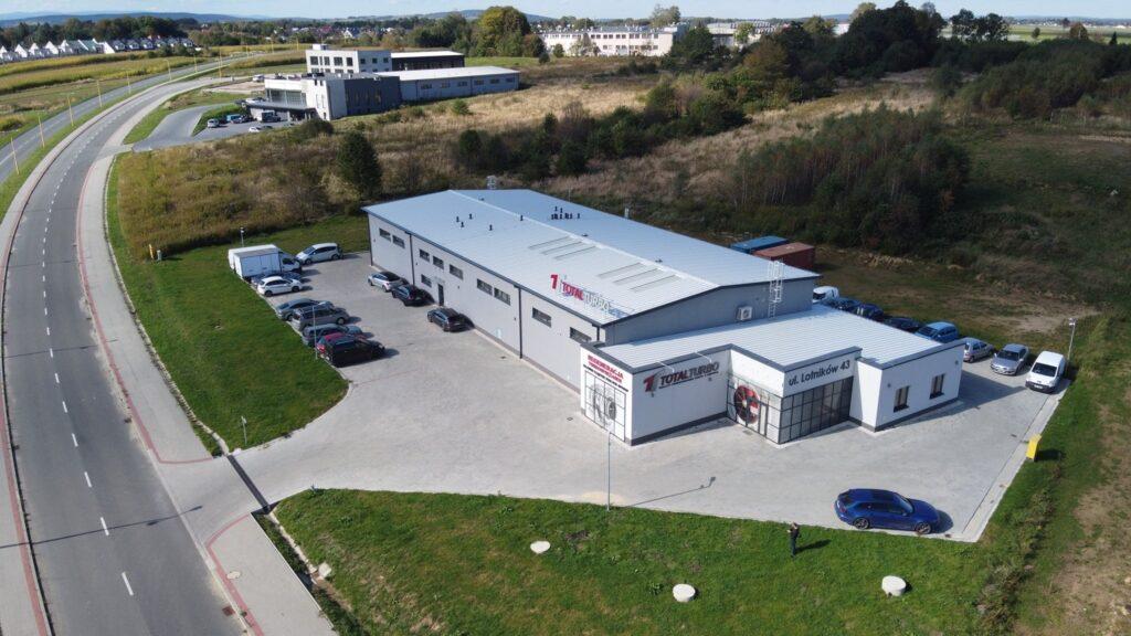 Budynek handlowo-produkcyjno-usługowy